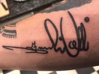 Marks Tattoo Signed By Frankie