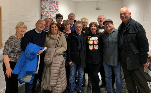 Frankie Valli and Robby Robinson with Lynn Boleyn and Fan Club Members at Leeds First Direct Arena 28.11.18 (3)